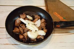 Говядина, жареная на сковороде - фото шаг 4