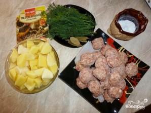 Суп с фрикадельками и рисом в мультиварке - фото шаг 1