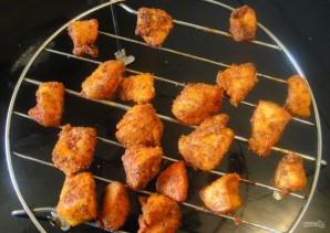 Куриные шашлычки на шпажках в духовке-гриль - фото шаг 4