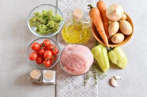 Индейка с овощами на сковороде - фото шаг 1