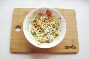 Салат с зеленым горошком и морковью - фото шаг 7