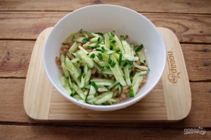 Салат из печени трески с фасолью - фото шаг 2
