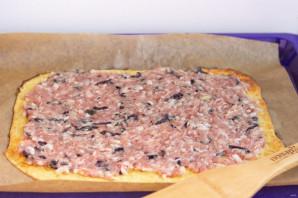 Яичный рулет со свининой и базиликом - фото шаг 9