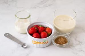 Клубничное молоко - фото шаг 1