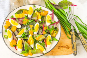 Салат из листьев свеклы - фото шаг 6