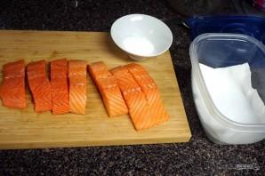 Рецепт малосольной красной рыбы - фото шаг 1