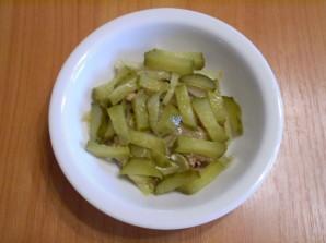 Салат с печенью куриной слоеный - фото шаг 7