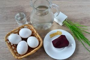 Крашеные яйца свеклой (розовые) - фото шаг 1
