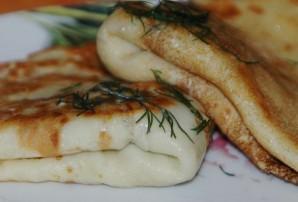 Блинчики с ливерной колбасой - фото шаг 8