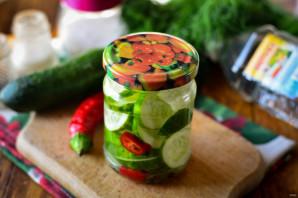 Зимний салат со свежим огурцом - фото шаг 7