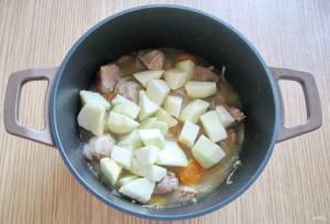 Свинина с яблоками в сливочном соусе - фото шаг 5