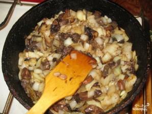 Фрикадельки с картошкой в горшочках - фото шаг 2