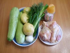 Летний суп с курицей - фото шаг 1