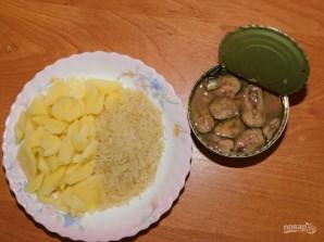 Суп из рыбных консервов в мультиварке - фото шаг 3