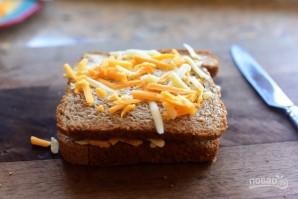 Жареный сэндвич с сыром - фото шаг 3