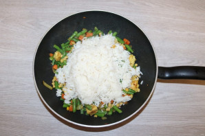 Рис с курицей и фасолью - фото шаг 9