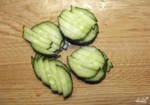 Салат из зеленого горошка и свежей капусты - фото шаг 2