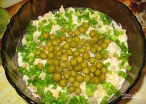 Салат из квашеной капусты с горошком - фото шаг 3