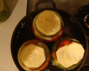 Патиссоны, консервированные с помидорами - фото шаг 2
