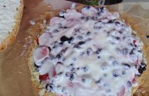 Летний торт с ягодной начинкой - фото шаг 5