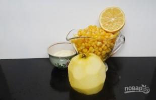Салат с крабовыми палочками и яблоком - фото шаг 3