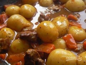 Рецепт жаркого из свинины с картошкой - фото шаг 7