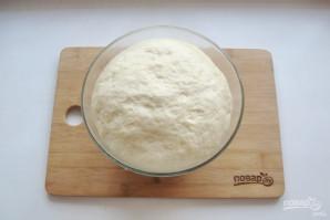 Тесто для пиццы на кефире - фото шаг 9