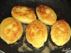 Картофельные котлеты с сыром - фото шаг 5