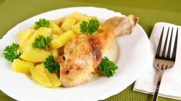Картофель с курицей в духовке - фото шаг 6