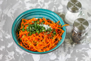 Салат из селедки с морковью - фото шаг 7