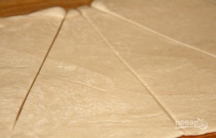 Слоеное тесто со сгущенкой - фото шаг 2