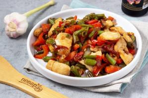 Теплый салат со стручковой фасолью и курицей - фото шаг 7