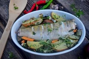 Судак, запеченный с овощами и картофелем - фото шаг 8