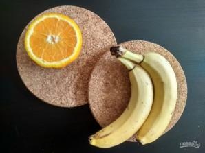 Смузи из банана, апельсина и яблока - фото шаг 1