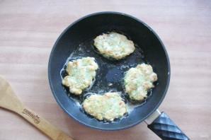 Куриные оладьи с брокколи - фото шаг 10