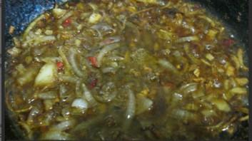 Салат из древесных грибов - фото шаг 2