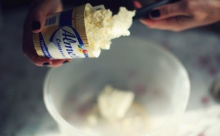Крем для чизкейка - фото шаг 1