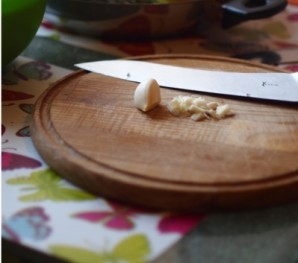 Тигровые креветки на сковороде - фото шаг 6