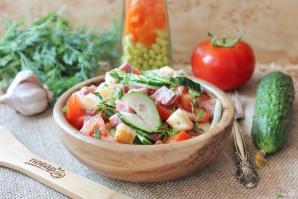 Салат с помидорами, огурцами и сухариками - фото шаг 9