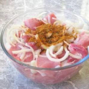 Шашлык из свинины в уксусе - фото шаг 5