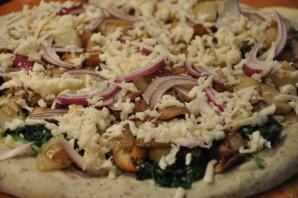 Пицца с картошкой и грибами - фото шаг 5