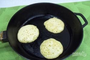 Оладьи на дрожжах (рецепт на кефире) - фото шаг 8