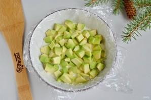 Заливной салат с креветками и авокадо - фото шаг 9