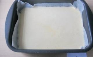 Омлетный рулет с плавленым сыром - фото шаг 3