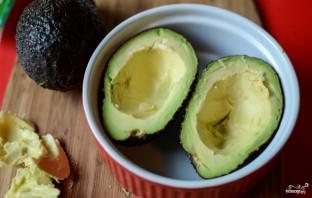 Запеченные фаршированные авокадо - фото шаг 3