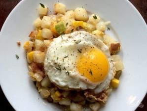 Овощи с жареным яйцом - фото шаг 6