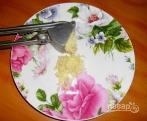 "Закуска на чипсах ""Гости на пороге"" - фото шаг 3"
