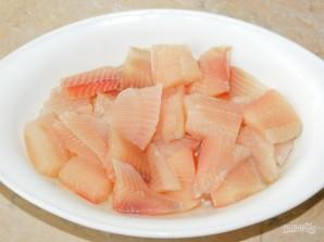 Рыба под сметанным соусом с овощами и пармезаном - фото шаг 2