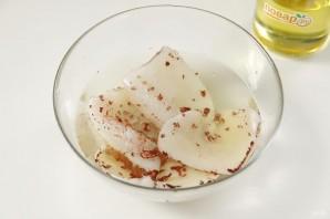 Фаршированный кальмар в яйце - фото шаг 6