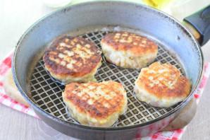 Котлеты из свинины с хлебом - фото шаг 8